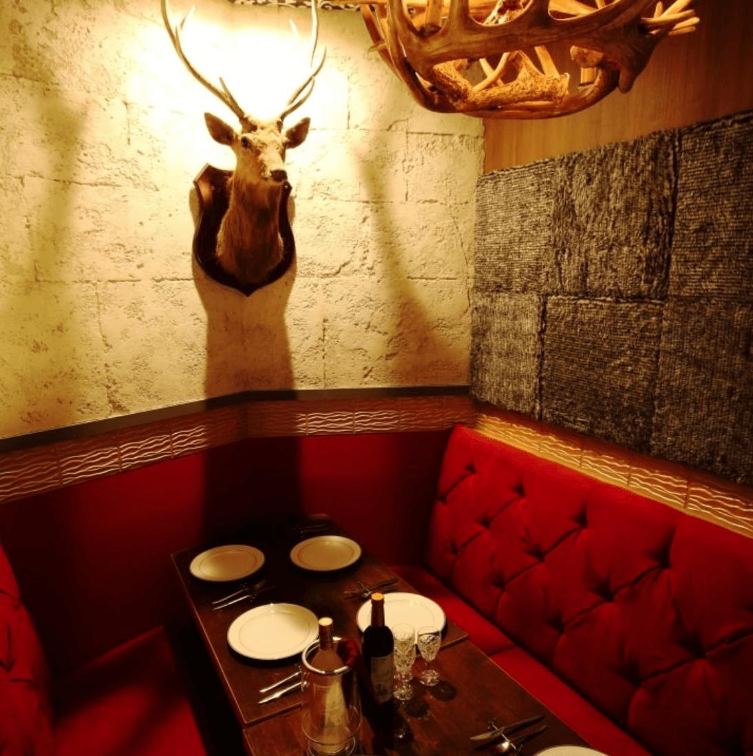 元町中華街でギャラ飲みに使えるお店「美女と野獣のカフェ&レストランBeauty&the Beast」