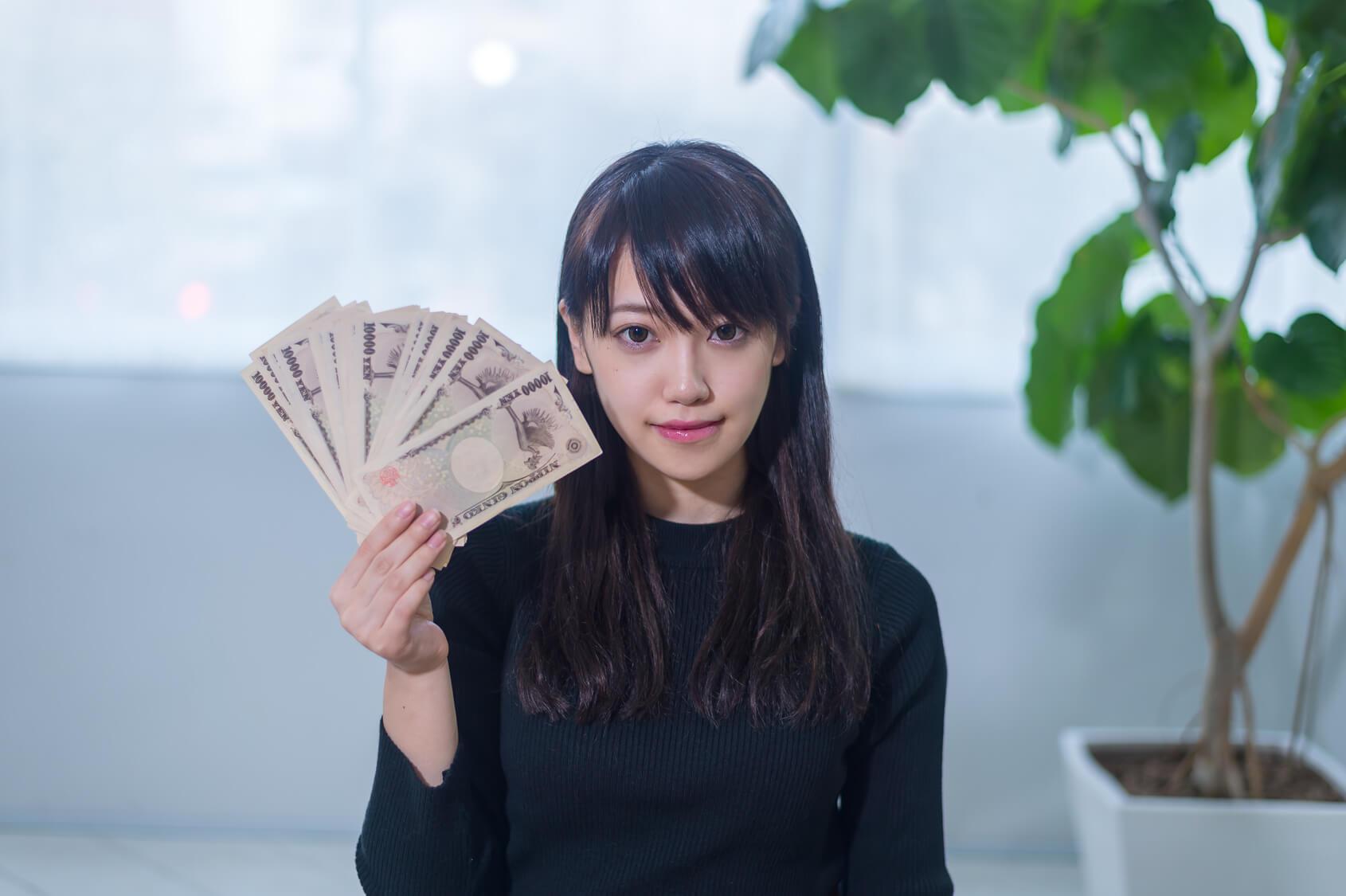 ギャラ飲みの相場は1〜2万円!一晩で10万円も夢じゃない